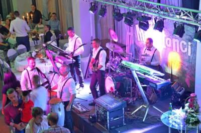 bend za svadbu